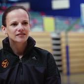 Za nju Trinkijeri kaže da je INSPIRACIJA! Tokom dana RADI U BOLNICI, a uveče zavodi red među najboljim košarkašima Evrope /VIDEO/