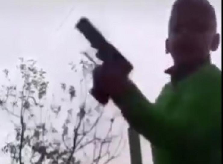 Dečko pištolj Baka Prase
