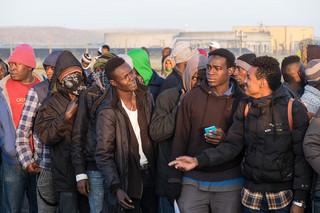 Macron: W Calais nie powstanie druga 'dżungla'