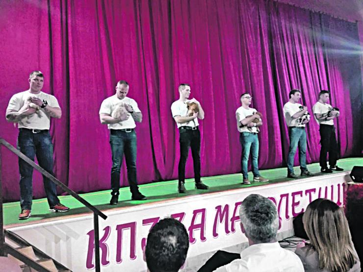 Osudjenici i psi Performans u KPZ Valjevo