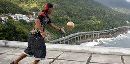 Ronaldinho rozmienia się na drobne. Będzie grał w Afryce?