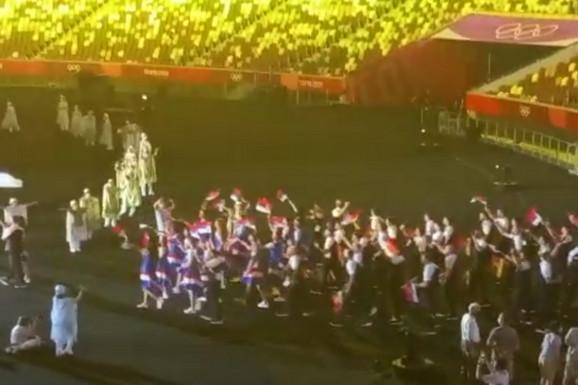 Trenutak za pamćenje: Srpski sportisti ZABLISTALI na spektakularnom otvaranju Olimpijskih igara u Tokiju /VIDEO/