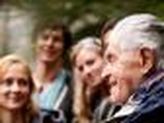 Polacy coraz później przechodzą na emeryturę. Muszą pracować czy chcą?