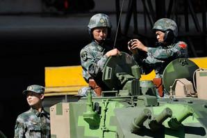 """""""UKIDAJTE TO ILI ĆETE SNOSITI POSLEDICE"""" Kina oštro PRIPRETILA Americi zbog vojnih sankcija"""