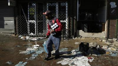 10 killed in South African xenophobic violence, 423 arrested