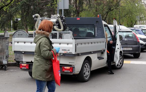 Kamion za dezinfekciju na Novom Beogradu
