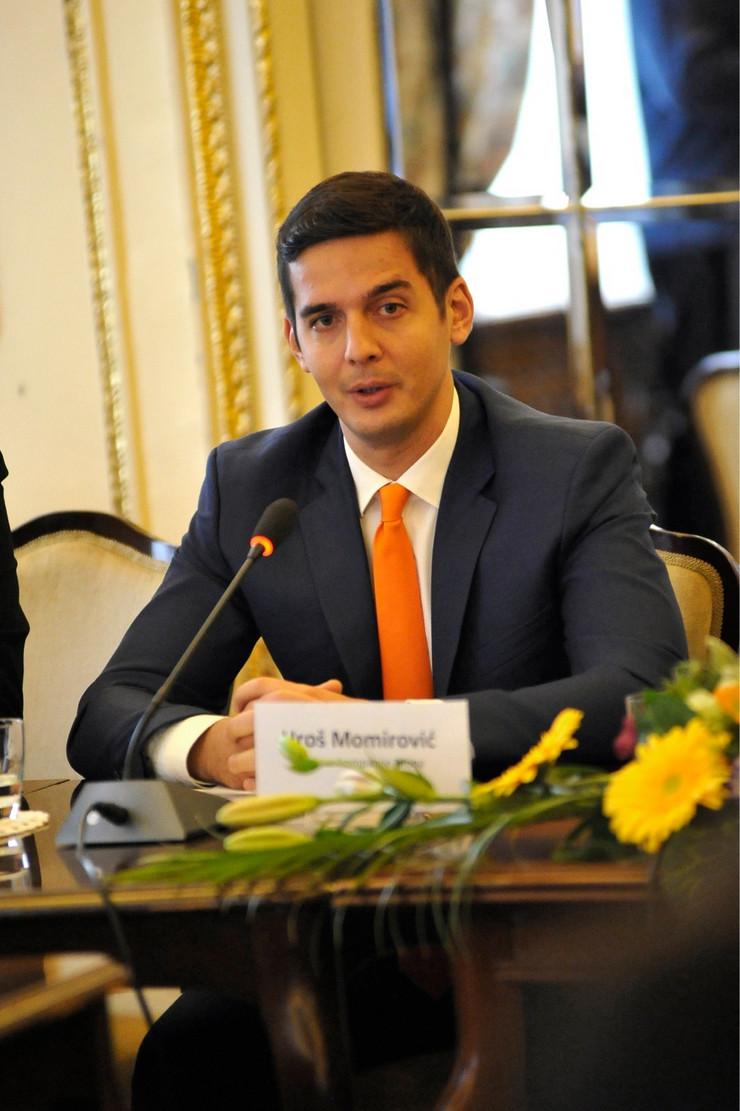 mona01 Uroš Momirović foto RAS Srbija P. Dedijer