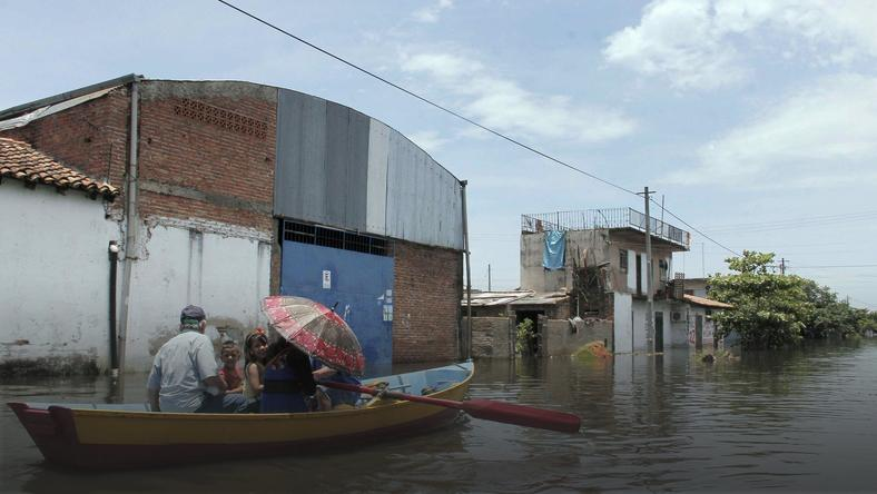 PARAGUAY FLOODINGS (Aftermath of floodings in Asuncion, Paraguay)