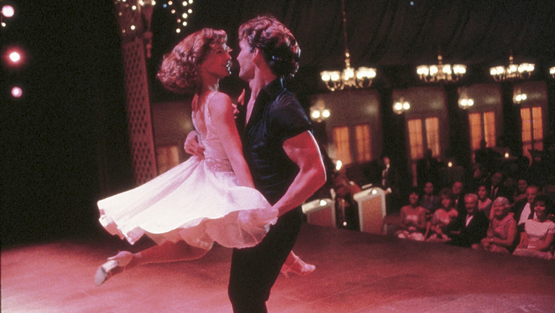 """Filmowe sceny z """"Dirty Dancing"""" w rytm hitu Marka Ronsona"""