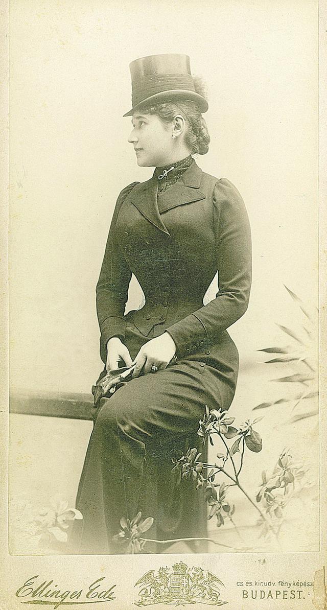 Lenka Dunđerski