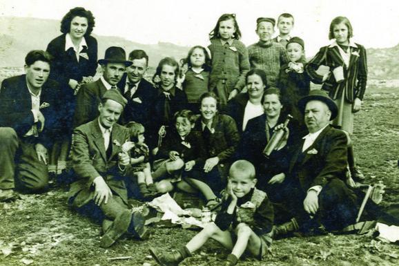 Uranak 1949: Na proslavama su se ljudi upoznavali i družili