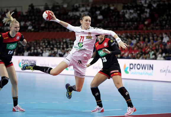 Kristina Liščević na meču Srbija - Nemačka