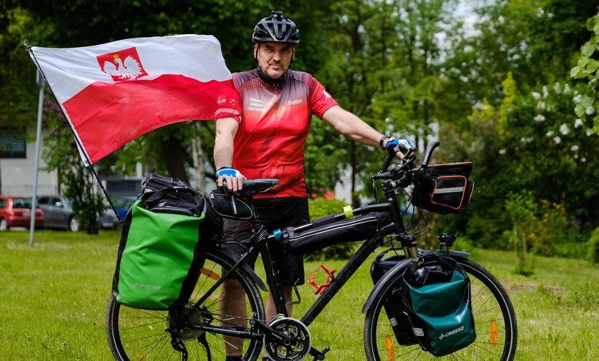 Dariusz Flesiński wyrusza w podróż po Europie.