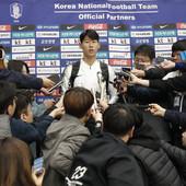 """""""PSOVALI SU NAS, UDARALI, VREĐALI..."""" Fudbaleri Južne Koreje pretrpeli TORTURU u Pjongjangu, Son BESAN: Jedva smo izvukli živu glavu!"""