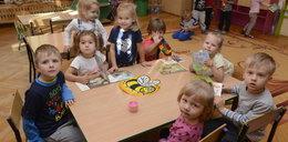 W przedszkolach bez rytmiki i języka!