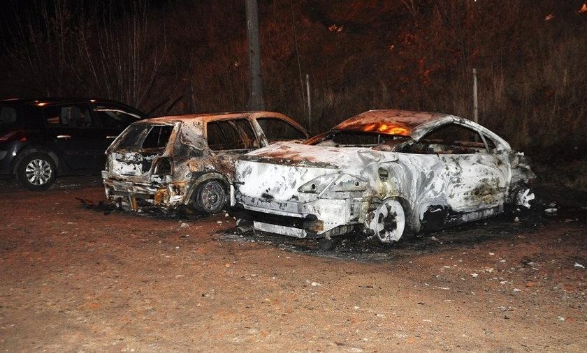 30-latek z Szamotuł chciał ukraść auto, ale spowodował jego pożar