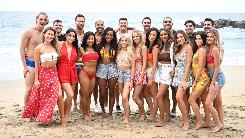 Who Secretly Has 6 Toes On 'Bachelor in Paradise'?