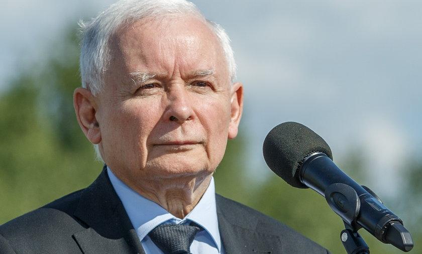 Jarosław Kaczyński mobilizuje działaczy PiS w terenie.