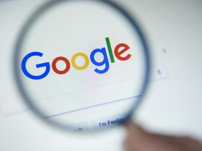 Google chce zablokować najbardziej inwazyjne reklamy, a jednocześnie nie odcinać głównego źródła swoich dochodów