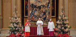 Smutne święta papieża. Kościół świecił pustkami
