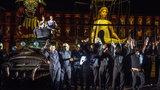 Gigantyczne marionetki na otwarcie Festiwalu Czterech Kultur