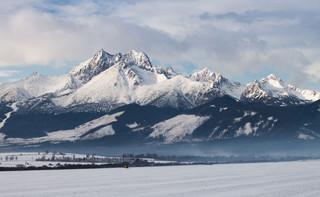TPN otwiera część szlaków w Tatrach. Sprawdź, które będą dostępne dla turystów