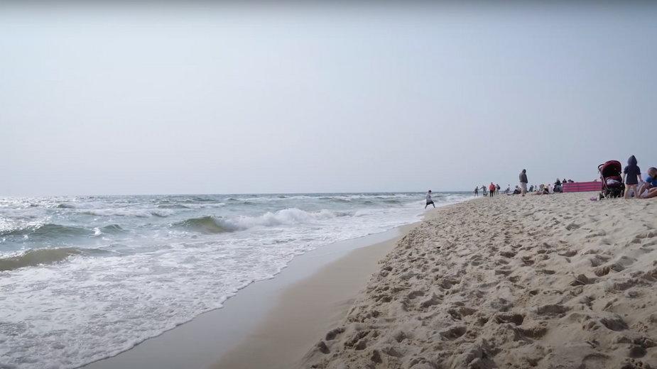 Helskie plaże oczyszczone