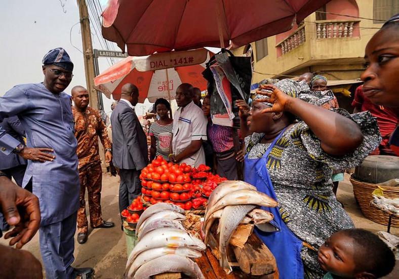 Lagos Governor Sanwo-olu at the Bariga market, January 10, 2020 (Gboyega Akosile)