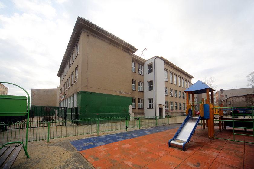 Udogodnienia dla niepelnosprawnych dzieci w szkole na Pogonowskiego