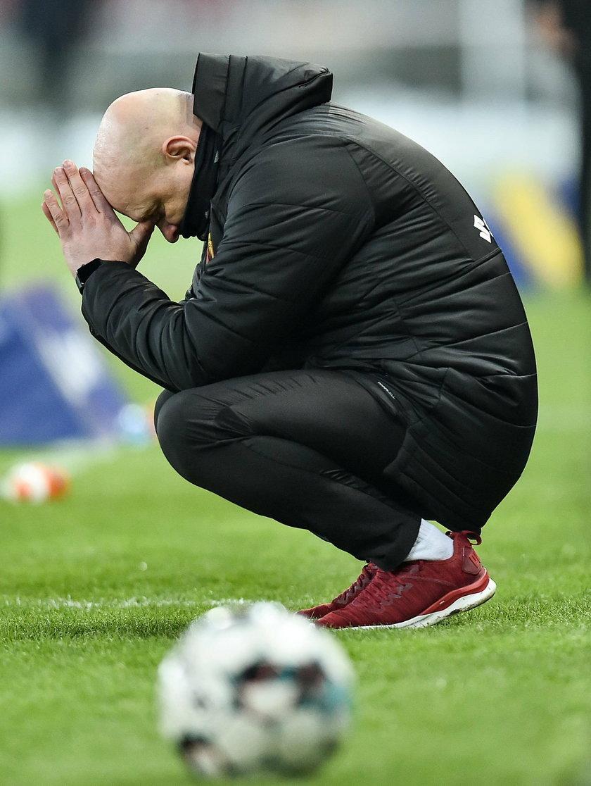 Do zakończenia zmagań na zapleczu ekstraklasy zostało dziewięć kolejek i dla klubów to ostatni dzwonek na ratowanie sezonu.