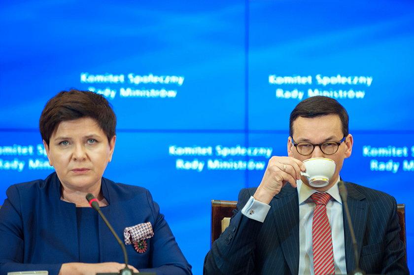 Zaskakujące skutki afery premiowej w rządzie Szydło