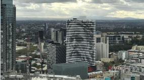 Budynek z twarzą. Widać ją tylko z odpowiedniej perspektywy