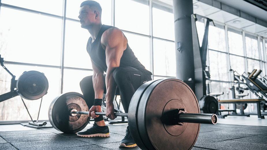 Czy praca w pełnym zakresie ruchu wpływa na lepsze efekty treningowe?