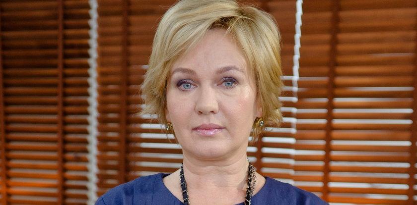 """Gwiazda """"Miodowych lat"""" w żałobie. Zmarł jej ojciec"""