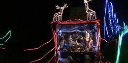 Dom jak z bajki! To świąteczne oświetlenie robi wrażenie!