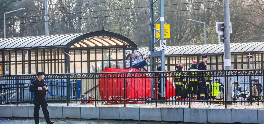Tragiczny wypadek karetki na przejeździe w Puszczykowie. Zginęły dwie osoby. Kierowca skazany na więzienie