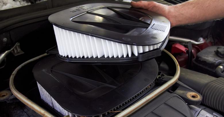 """W BMW, Audi czy Mercedesie jeden filtr potrafi kosztować tyle,co wszystkie inne razem wzięte w """"zwykłym"""" kompakcie!"""