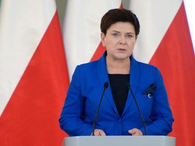 Rząd Beaty Szydło ma teraz dwa miesiące na poprawę, inaczej KE może użyć mocniejszych środków.
