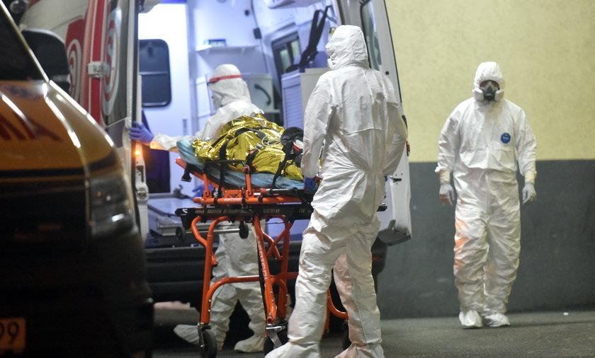 Kiedy zacznie się czwarta fala pandemii? I jak będzie duża?