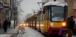 Nie jeżdżą tramwaje. Drogówka bez telefonów.