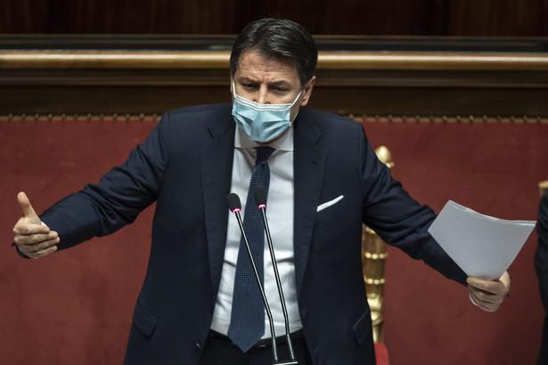 Giuseppe Conte nie może liczyć na bezwzględną większość