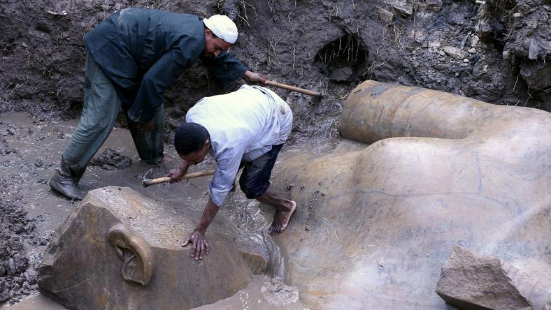 W Kairze odkryto posągi dwóch starożytnych faraonów