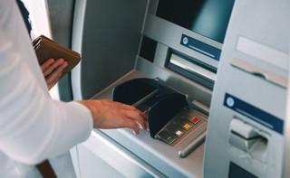 Gminy mogą sięgnąć po daninę od bankomatów i automatów