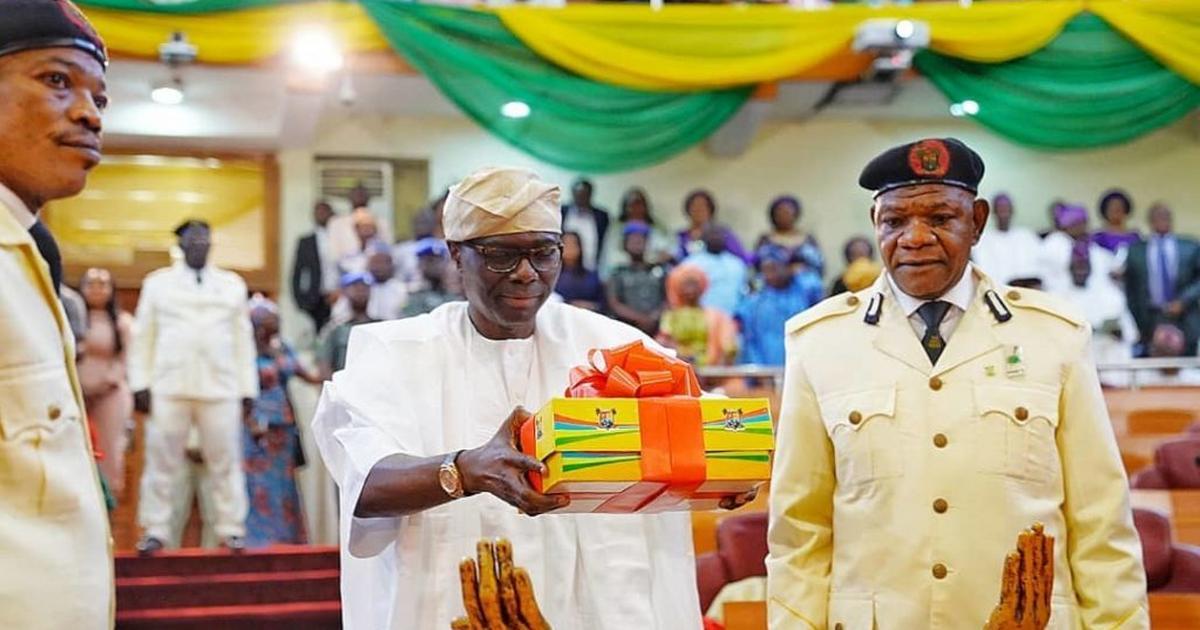 Sanwo-Olu presents N1.17trn Budget 2020 - Pulse Nigeria