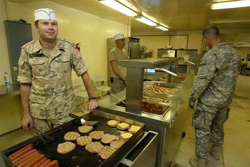 Żołnierzom w Afganistanie brakuje jedzenia?