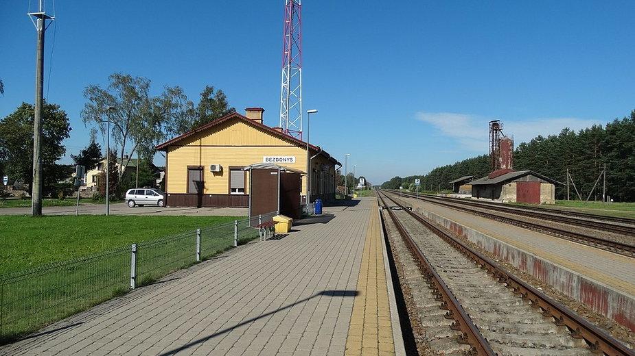 Stacja kolejowa Bezdany współcześnie, fot. Vilensija, CC BY-SA 3.0