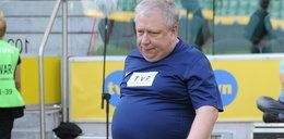 Sierocki walczy z nadwagą na meczu TVP kontra TVN