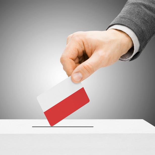 Prezydent Andrzej Duda ogłosił swoją inicjatywę przeprowadzenia referendum w sprawie zmian w konstytucji podczas ubiegłorocznych uroczystości z okazji Święta Konstytucji 3 Maja.