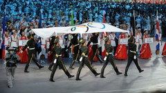 Tak na przestrzeni lat zmieniały się ceremonie otwarcia igrzysk olimpijskich. Niektóre zadziwiły świat [ZDJĘCIA]