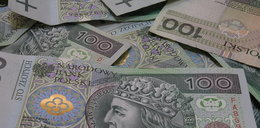 Bank wypłacił podwójną premię. I nie chce zwrotu pieniędzy!